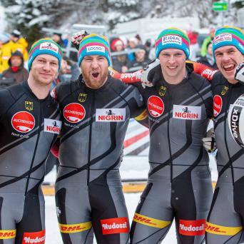 Alexander Schüller siegt beim Bob-Weltcup in Innsbruck im Viererbob
