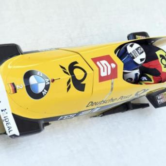 Thorsten Margis gewinnt im Zweierbob beim Weltcup in Innsbruck